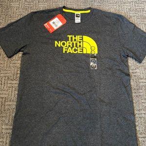 Mens North Face tshirt NWT